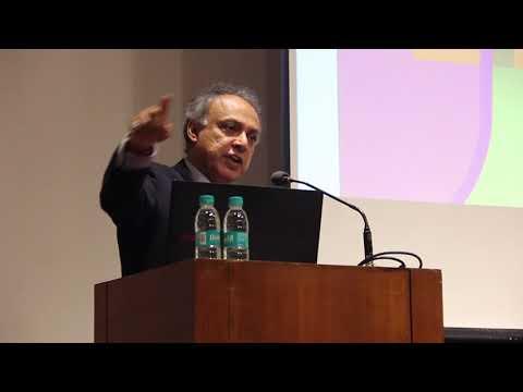 Importance of curiosity and creativity in learning I Ramji Raghavan @Anubhav'18