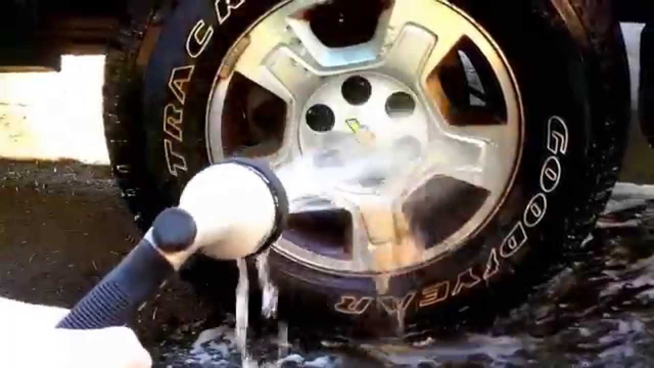 Brake Dust Cleaner >> How To Clean Brake Dust Off Of Rim Using Meguiar S Youtube