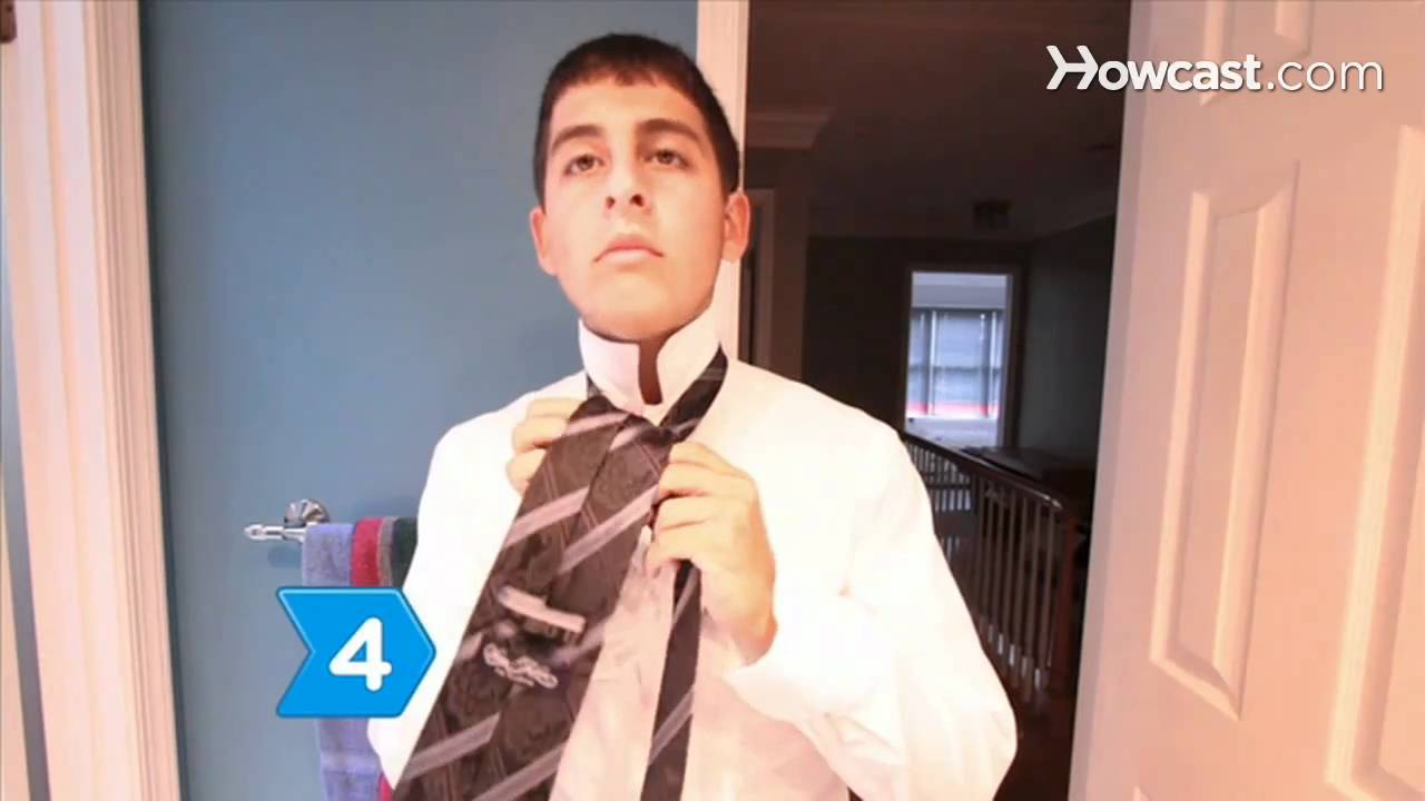 How to tie a double windsor knot youtube how to tie a double windsor knot ccuart Choice Image