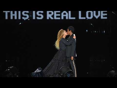 Beyonce and JAY-Z Followed Off Stage by Excited Fan