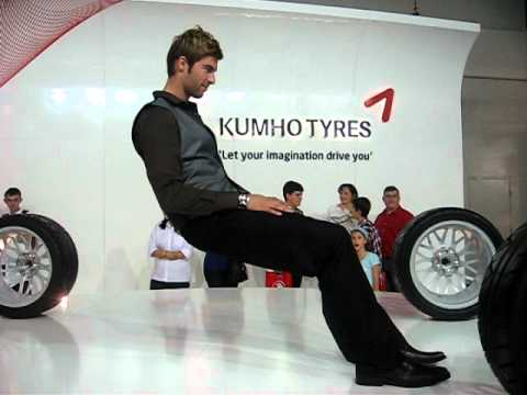 Guy sitting INVISIBLE SEAT AUS Motor Show 2010 - YouTube