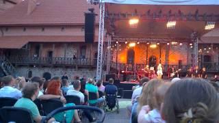 Leon Somov and Jazzu - Ką tu man darai - LIVE @ Trakai Island Castle(Leon Somov and Jazzu - Ką tu man darai - LIVE @ Trakai Island Castle / 2014.07.24., 2014-07-24T21:14:03.000Z)