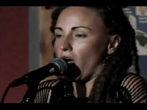 Nashville Hootenanny / Laura Reed