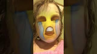 Omg I'm an emoji a sad one
