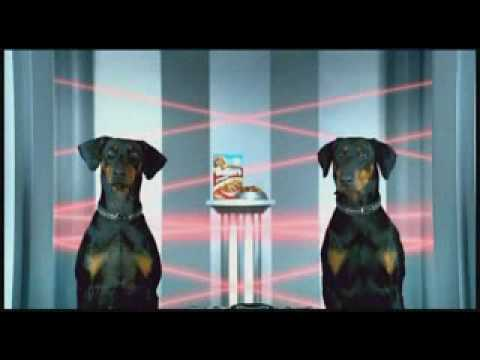 Bakers Complete Dog Food Advert
