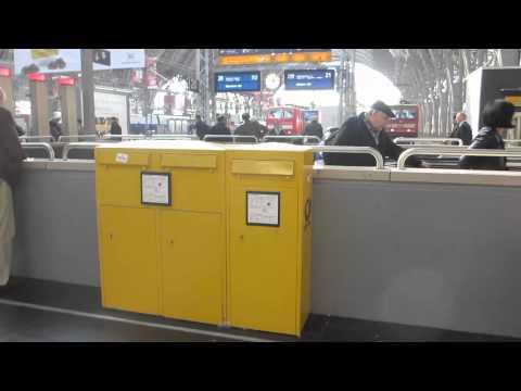 ドイツの郵便ポスト 2種類並び Frankfurt Hbf.Deutsche Post