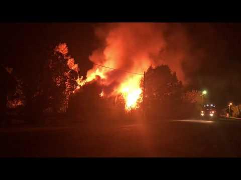 видео: Пожар в бывшем здании суда, п. Новозавидовский, Тверская область, 6.10.18