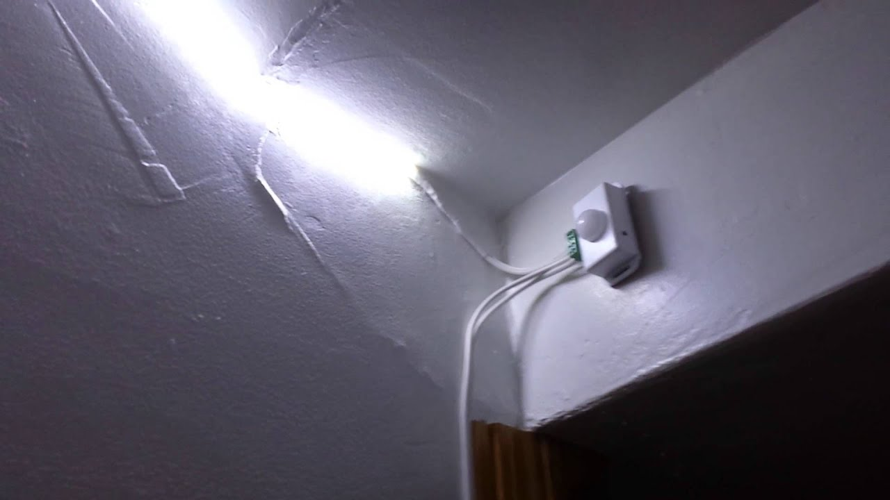 Motion Sensor Stair Lights Pir 8 Motion Sensor Stair Light Youtube
