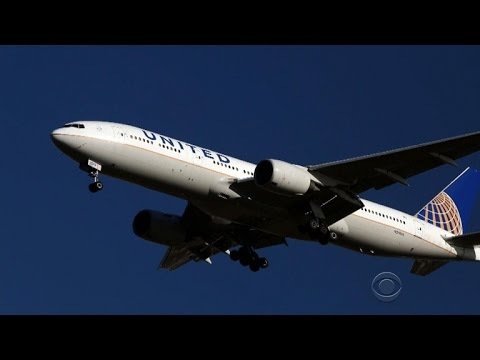 Two United pilots arrested before flight for alleged intoxication