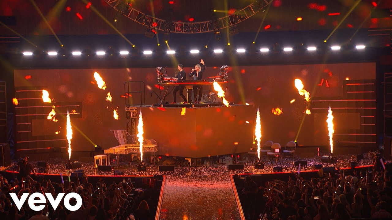 Download Kygo - Firestone ft. Conrad Sewell (Live from the iHeartRadio Music Festival 2018)