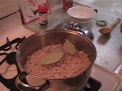 GRANDMA ROSA'S ITALIAN KITCHEN HOW TO MAKE PASTA E FAGIOLI