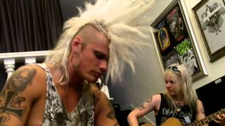 Watch Crashdiet Down With The Dust video