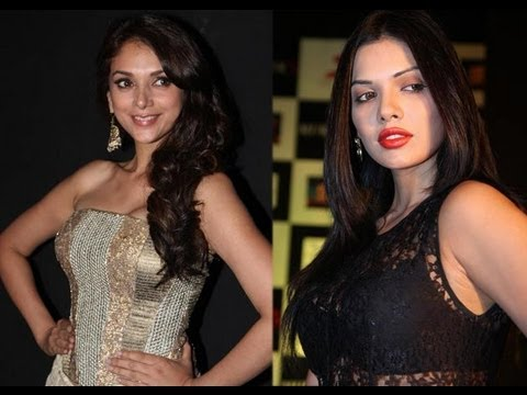 Watch Aditi Rao Hydari & Sara Loren from Murder 3 in a candid chat