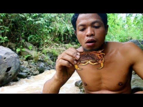 Survival Skill - Memasak YUYU Kepiting Sawah - Primitive Indonesian Cooking