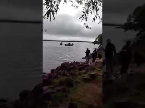Video captado durante el incidente; medios argentinos citan al capitán de Corbeta Milciades Coronel González como el que encabezó el procedimiento.