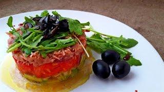 Салат из Авокадо с Тунцом. Тимбал из Авокадо с Тунцом.     Timbale of avocado with tuna.