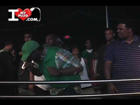 Young Dro - Freeze Me [Official Music Video]