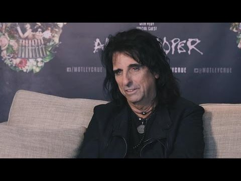 "Alice Cooper On Working With Paul McCartney On A Tribute Album To ""Dead, Drunk Friends"" John Lennon,"