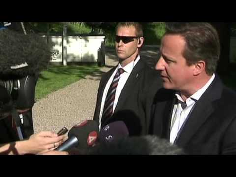 Cameron Hails All-Party Support Against Juncker Bid