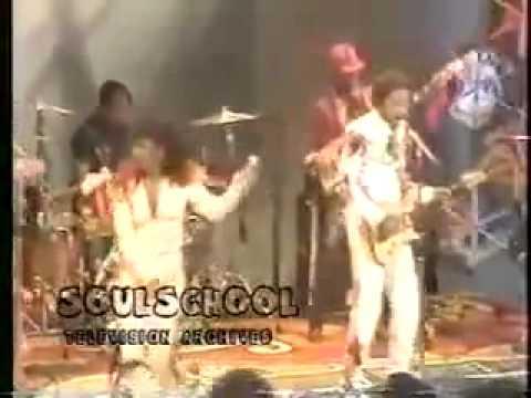 Aurra On Soul Train ( HQ Audio ) Performing