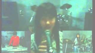 Download NEW PULPEN BAND  Judul lagu : Izinkan aku selingkuh . Cipt. M. Ali New pulpen Band