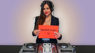 Soundwave Late Nite Session 25 - DJ Milena