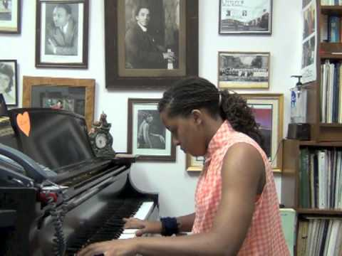 0028 ICOD Artists' Hang Suite segment features The Ottley Music School's Holiday Recital