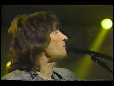"""Gene Clark - """"Mr. Tambourine Man"""" - live 1980"""