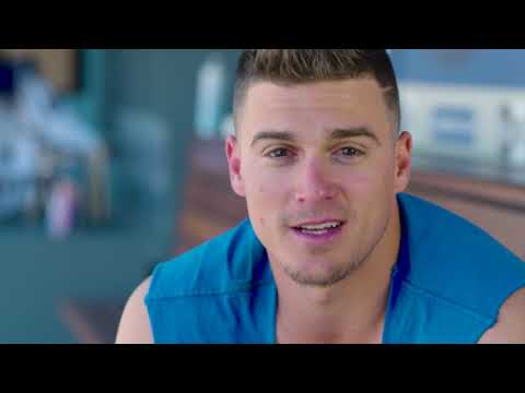 Backstage Dodgers: Cody Bellinger and Kike Hernadez meet The Williamson Family