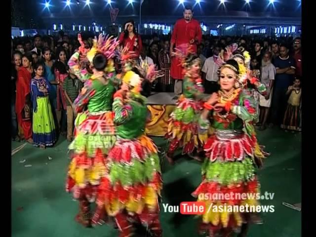Group Dance by Trivandrum Holy Angels School Students in Kerala School Kalolsavam 2016