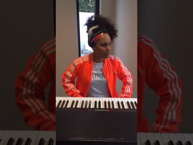 alicia-keys-more-than-we-know-live-acustic-alicia-keys-chile