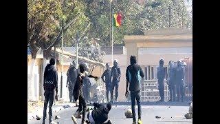 Intifada à Ucad: les étudiants déversent leur colère devant les forces de l'ordres armées