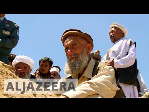 Afghanistan: Funerals held for victims of Kabul bombing