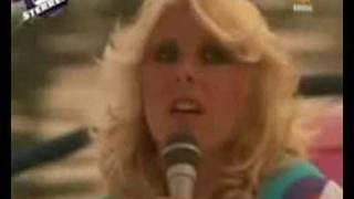 Bonnie St Clair -SLA JE ARM OM ME HEEN