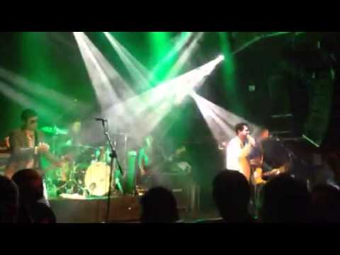 Electric Six - I buy the drugs (live)