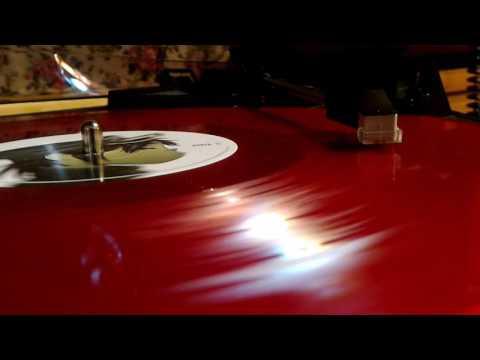 Demon days vinyl locked groove