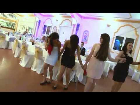 Arab Girls Funny Dance