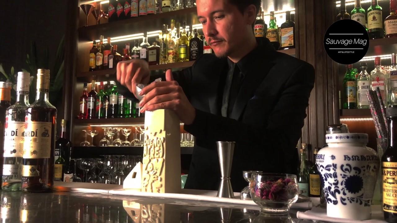 Seba Garcia en Presidente Bar, el trago Buenos Aires Zombie - YouTube