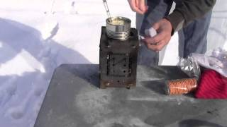 (shortend) Easy Outdoor / Emergency Cooking, Soup In It's Can On The Folding Firebox Campfire Stove