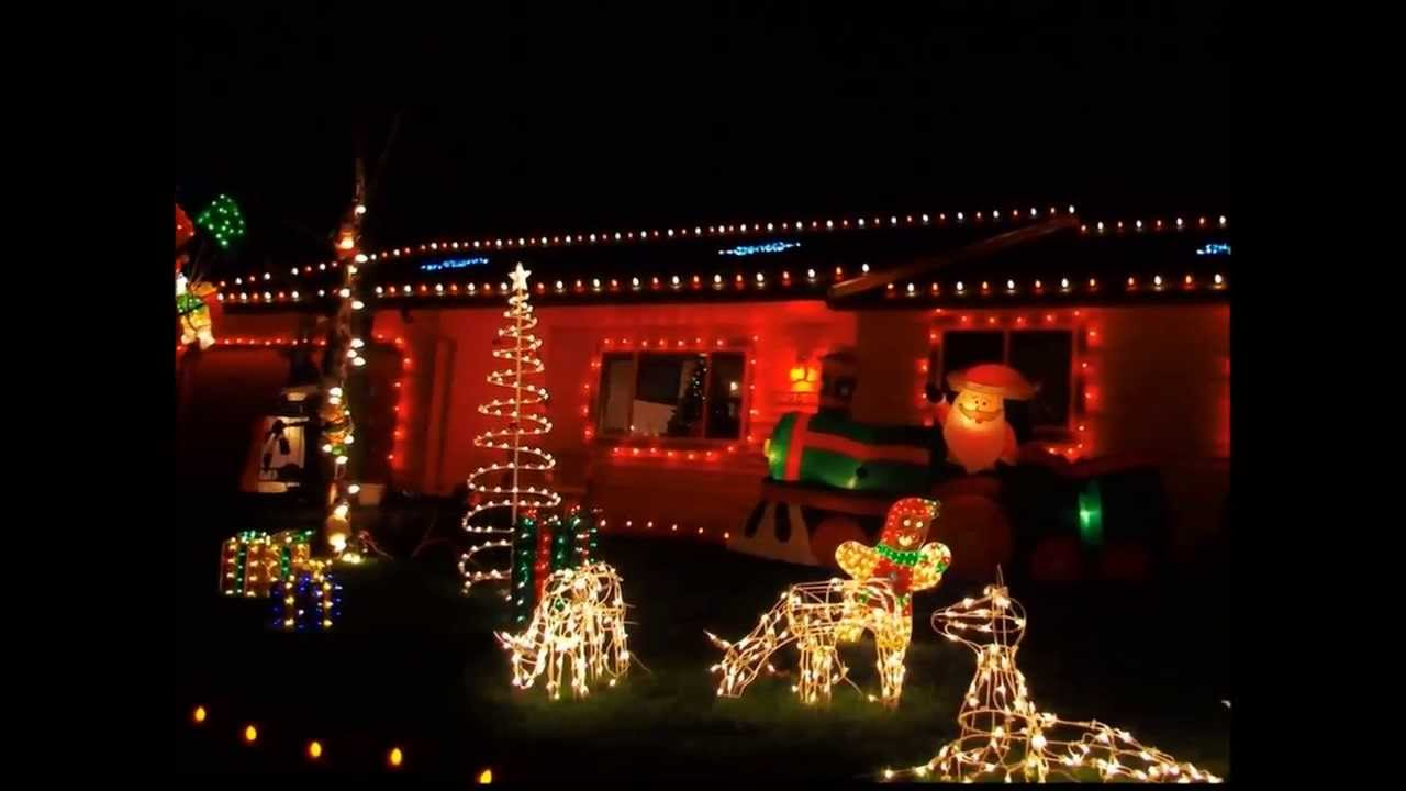 Miracle Of Christmas Lights 2010 Keizer Oregon - YouTube