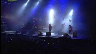 Cansei de Ser Sexy CSS - Jagger Yoga - Live @ Paredes de Coura 2007.08.15 (01/13) [4:3 HQ]