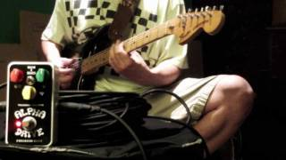 Freekish Blues Alpha Drive: '70s Stratocaster & '65 Fender Super Reverb
