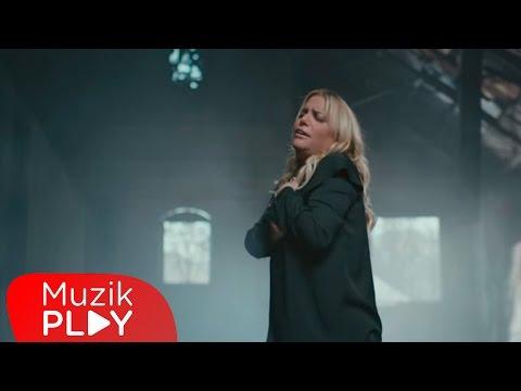 Kibariye - Sil Baştan (Official Video)