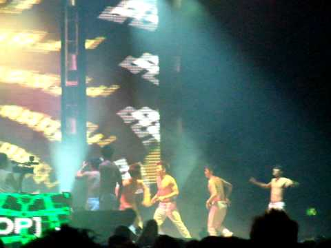 Tiesto Concert Taipei man power