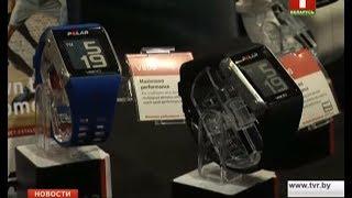 В Германии школьникам запретили носить «умные часы»