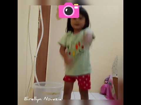 Lagi Syantik Erell dan 'Nda (Lagu Siti Badriah)
