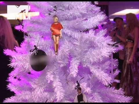 NewsБлок MTV: Чем украсить новогоднюю ёлку?