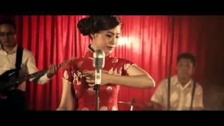 [MV] Tình Yêu Trong Vòng Tay (Version Chinese) -  Lương Bích Hữu