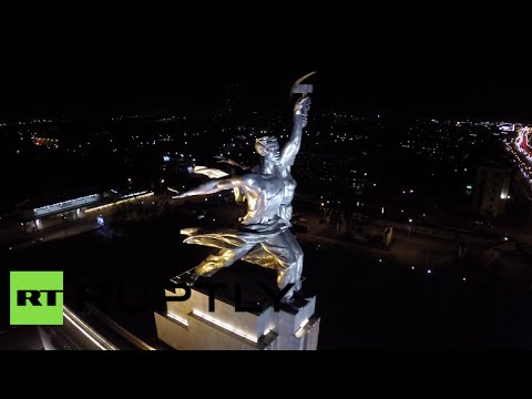 Drone buzzes Moscow steel Soviet 'worker & peasant girl' statue
