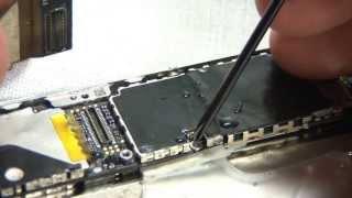 Чистка залитого iPhone 4(В предыдущем видео (http://youtu.be/CCfq9MvN3CA) показаны первые — экстренные меры. В этом видео показаны дальнейшие..., 2011-10-31T12:37:53.000Z)